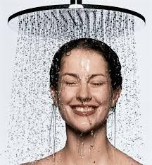 Mandi dengan shower
