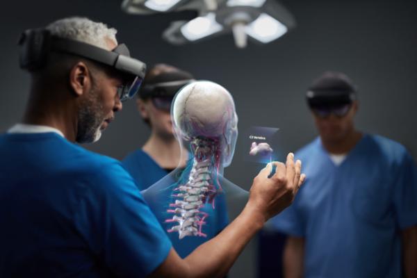 بالفيديو: مايكروسوفت تكشف عن Hololens 2