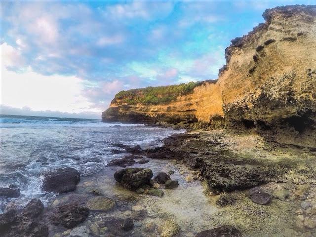 Keindahan Pantai Penyisok Lombok Timur