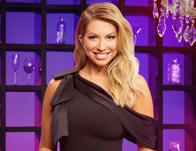 Stassi Schroeder Shows Off Her Growing Baby Bump — See Pic Here!