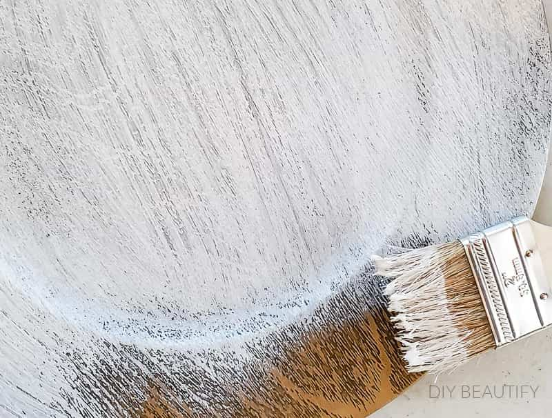 brush on white chalk paint
