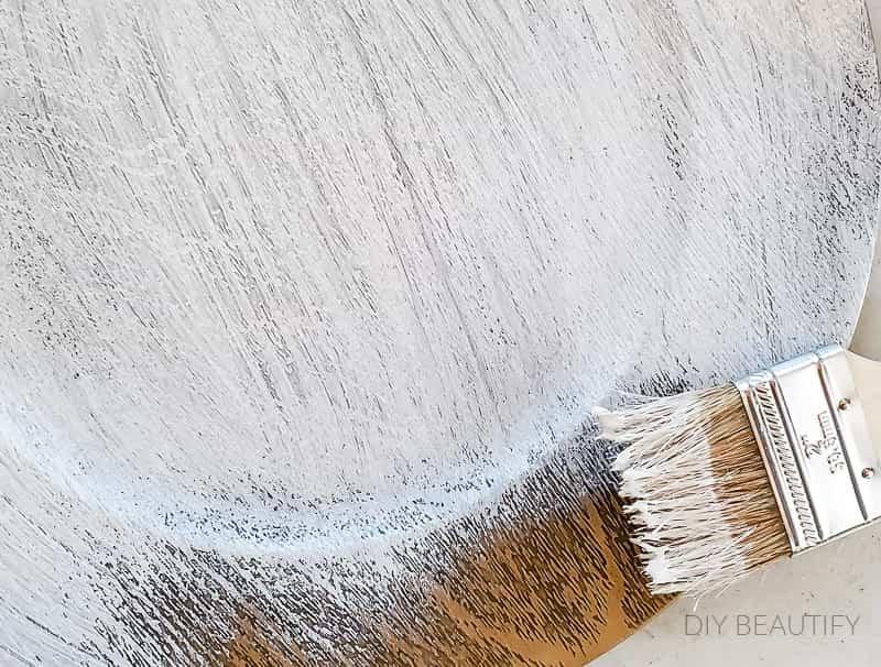 brush on white chalk paint