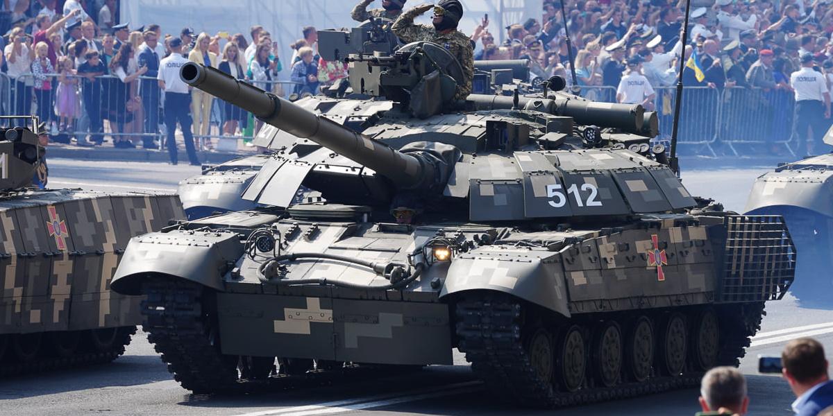 First Ukrainian T-64BM2 Bulat MBTs on Independence Day parade