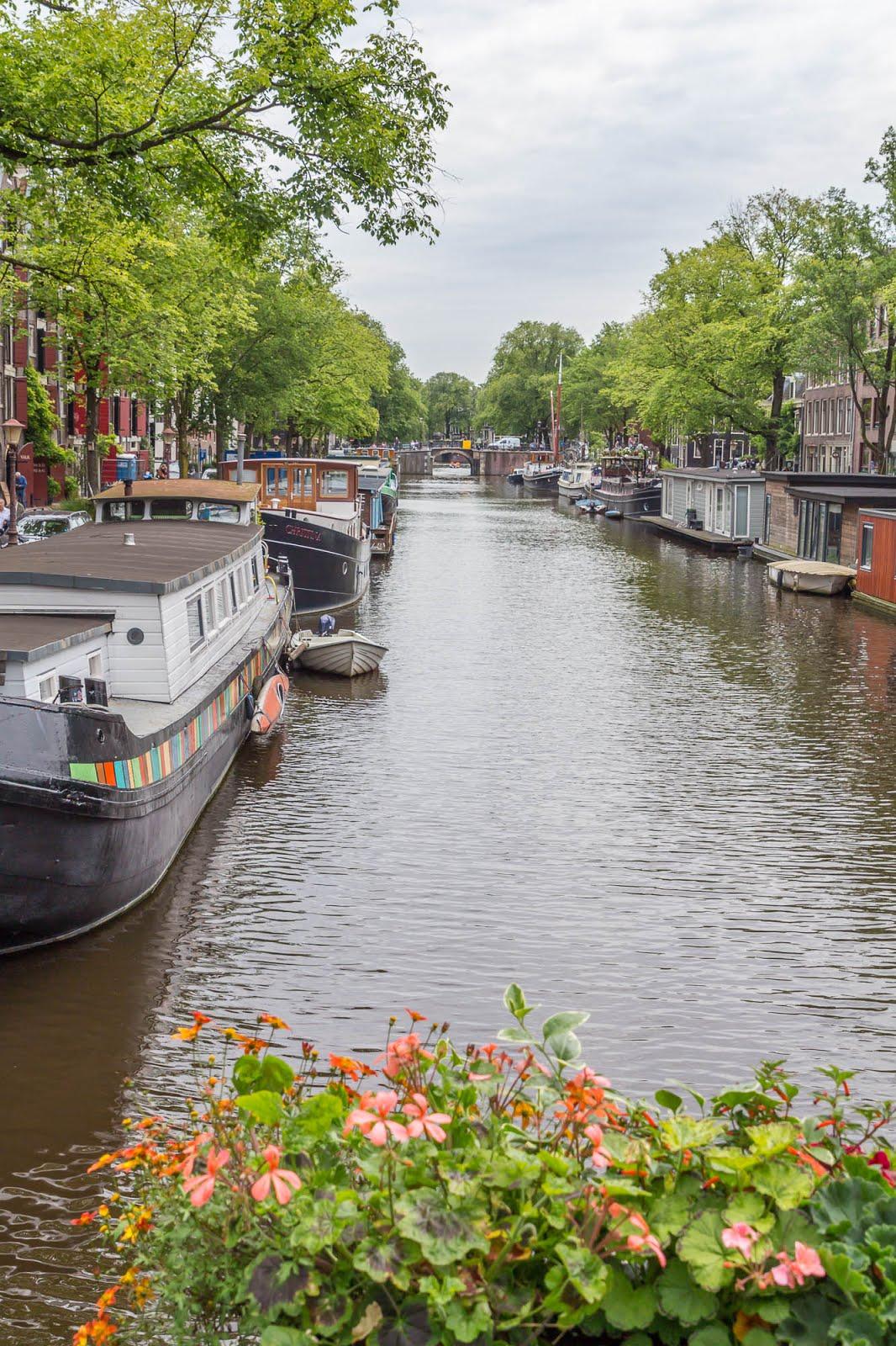 Amsterdam canaux vieux centre