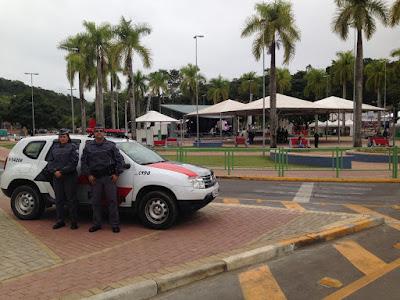 """POLICIAIS MILITARES DO PROGRAMA """"PATRULHA FAMÍLIA SEGURA"""" FORAM HOMENAGEADOS PELA CÂMARA MUNICIPAL DE CAJATI"""