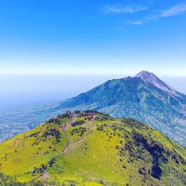 gunung merbabu kembali tutup 29 Juni 2021 - foto instagram lee_movieholic