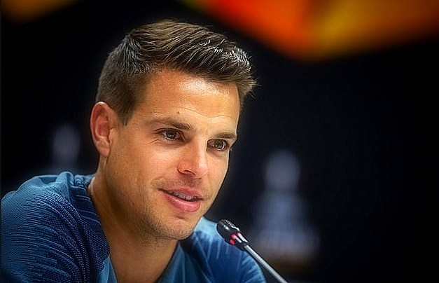 'Hope, we can destroy' Chelsea's defender, Cesar Azpilicueta, told his colleagues to kill any hope that Arsenal has a parade in London.