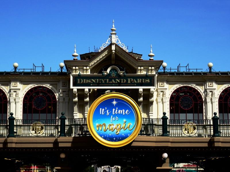 Ouverture de Disneyland Paris, entrée main street