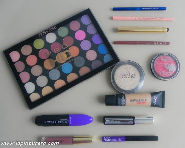 maquillaje colorido productos