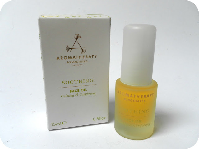 A picture of Aromatherapy Associates Soothing Face Oil