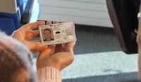 Tέλος το ΑΜΚΑ και το ΑΦΜ — Μόνο ο αριθμός της ταυτότητας για όλες τις συναλλαγές με το Δημόσιο