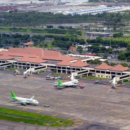 Jelang Akhir Tahun Harga Tiket Pesawat Rute Surabaya Merangkak Naik Juandaairport Com