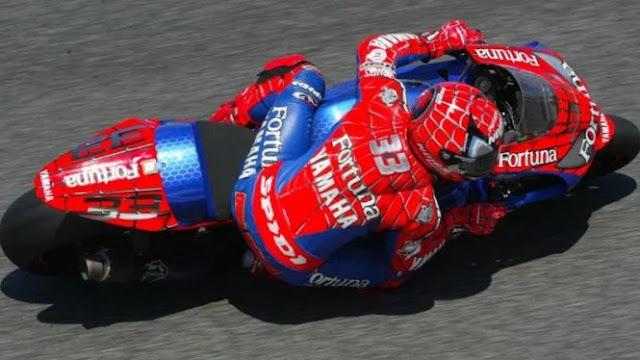 Inilah Modifikasi Atribut MotoGP Terkeren yang Pernah Ada