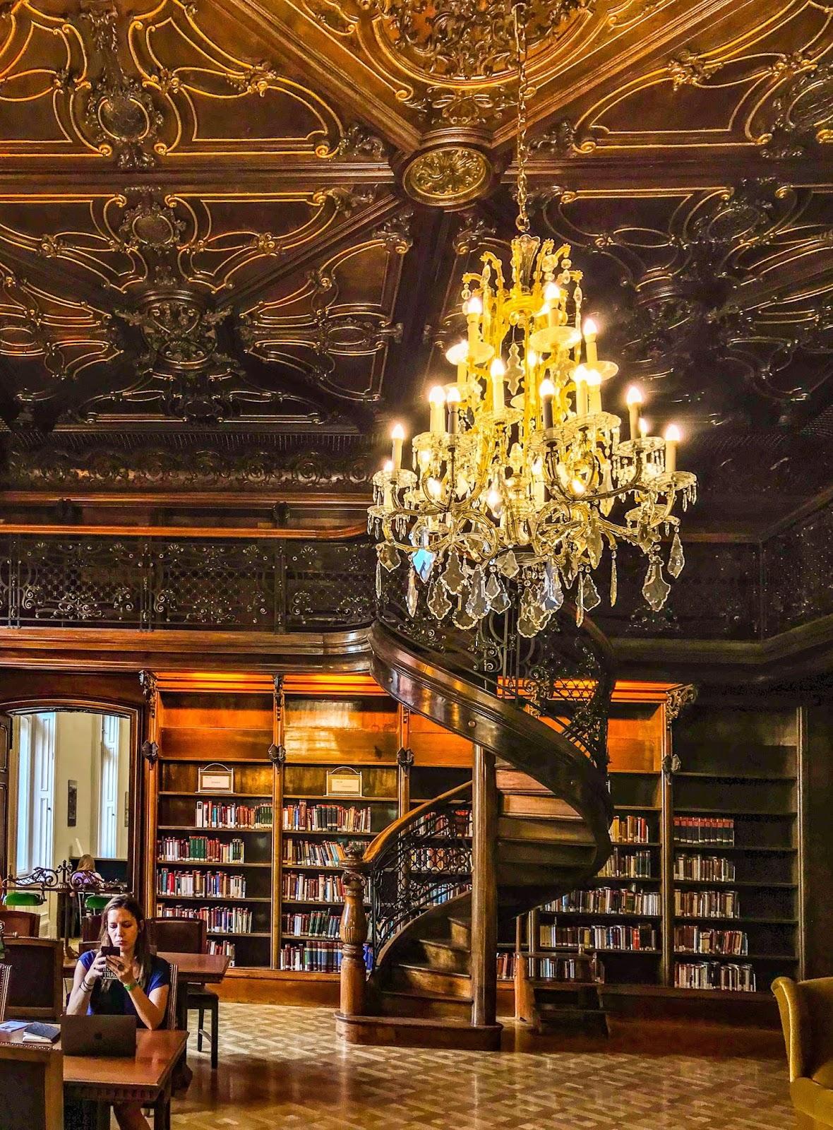 chandelier, ervin szabo library