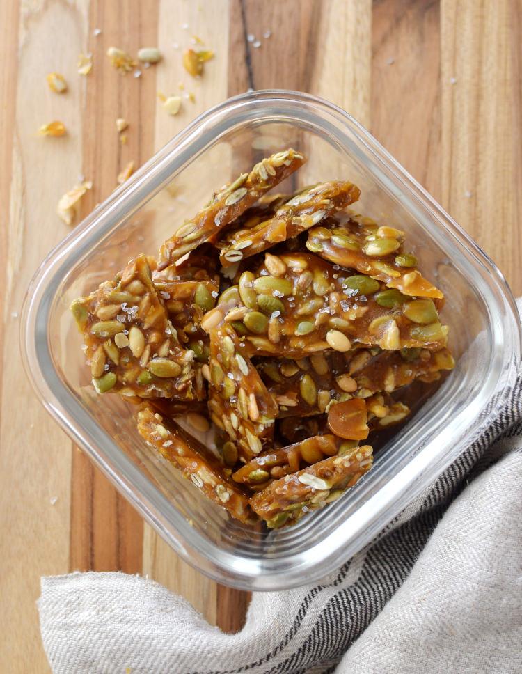 Brittle de semillas o nueces con 3 ingredientes