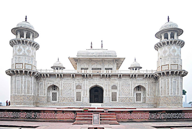 Tomb of I'timād-ud-Daulah Agra