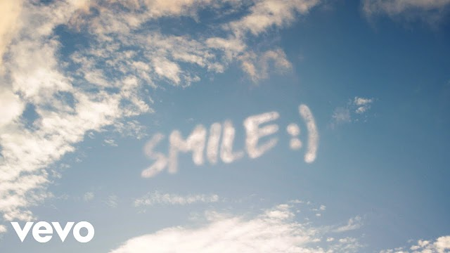WizKid Ft. H.E.R - Smile (Official Video)