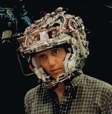 casco con electrodos