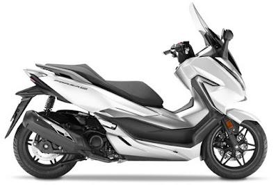 Honda Forza 300 2018 atau Forza 250 putih cakep