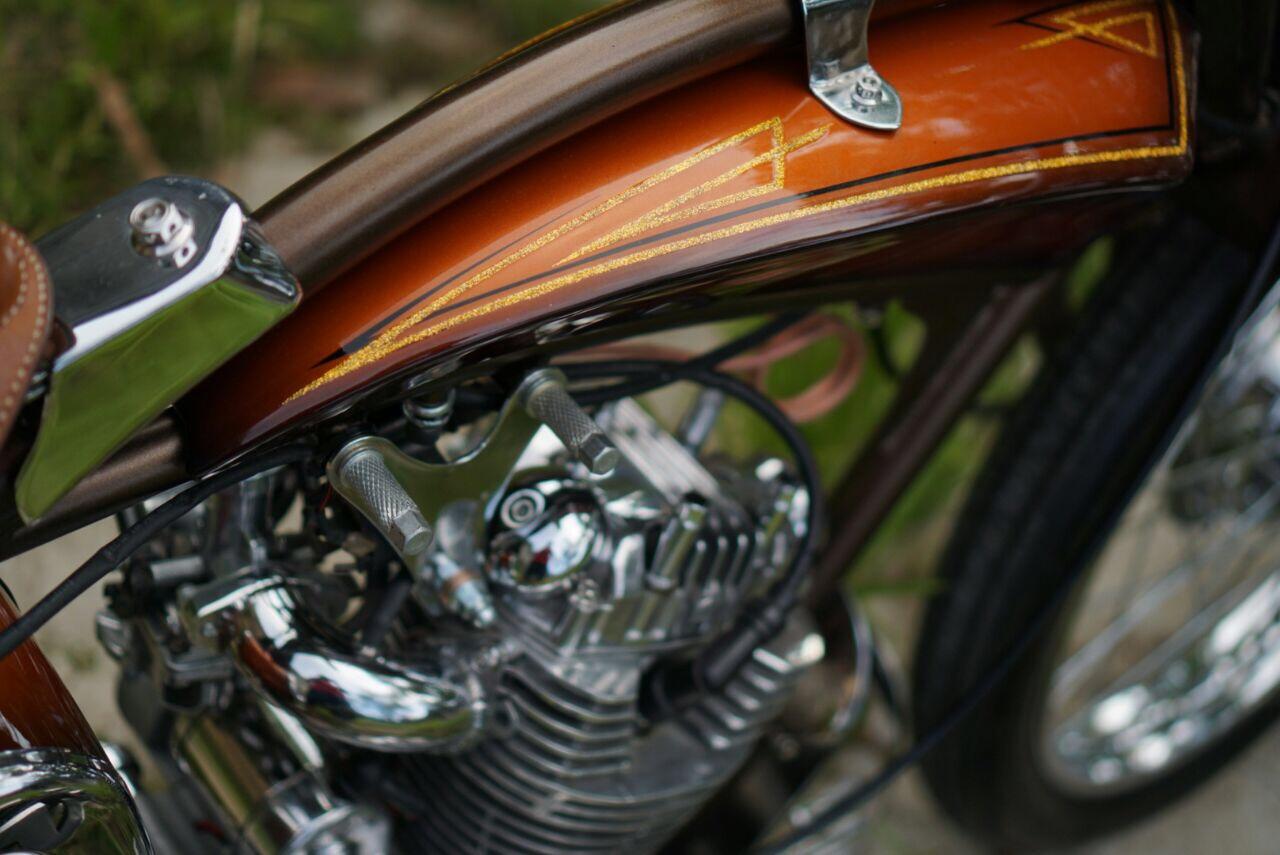 Airbrush Painting Honda GL Klasik Retro
