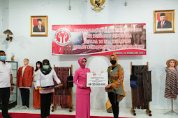 Widya Murad Ismail Beri Modal Usaha 10 Pelaku Kerajinan Maluku