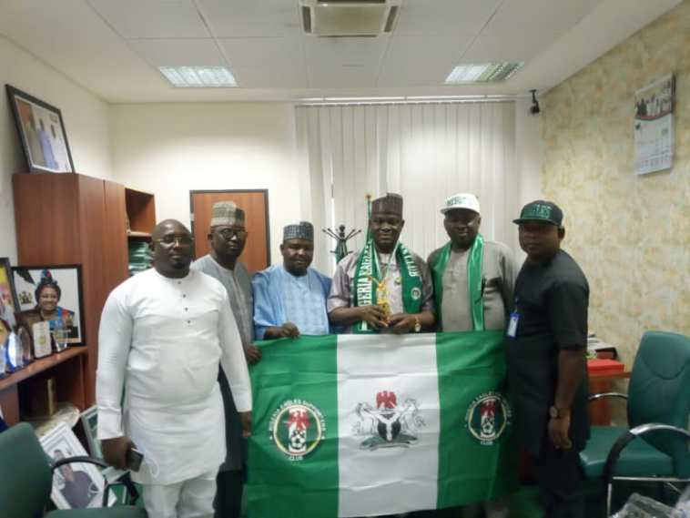 Longgap Unveiled As Nigeria Supporters Club's New Patron