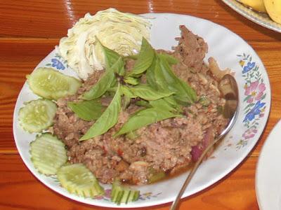 Gehacktes Schweinefleisch - Laab Muu (auch Larb Moo) - ลาบ