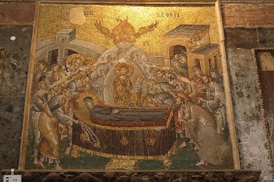 H Κοίμηση της Θεοτόκου, ψηφιδωτό από τη Μονή της Χώρας στην Κωνσταντινούπολη.