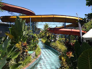 kolam selancar waterboom bukit jati