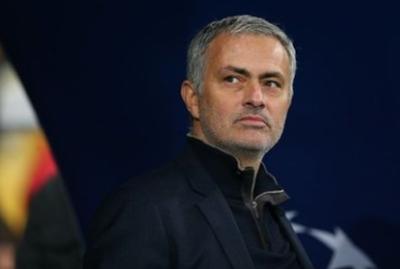 http://www.terbaruz.com/2018/07/mourinho-mengerang-menunjukkan-klopp.html