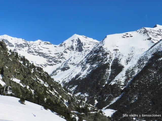 Parque Natural Valls de Comapedrosa, Arinsal, Andorra