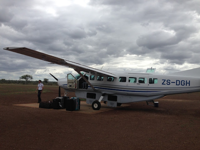 private airplane, exclusive flight, Kruger Park, into the wilderness