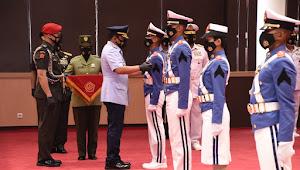 upacara wisuda 923 Prajurit Taruna Akademi TNI dan Bhayangkara Taruna Akademi Kepolisian Tahun 2020