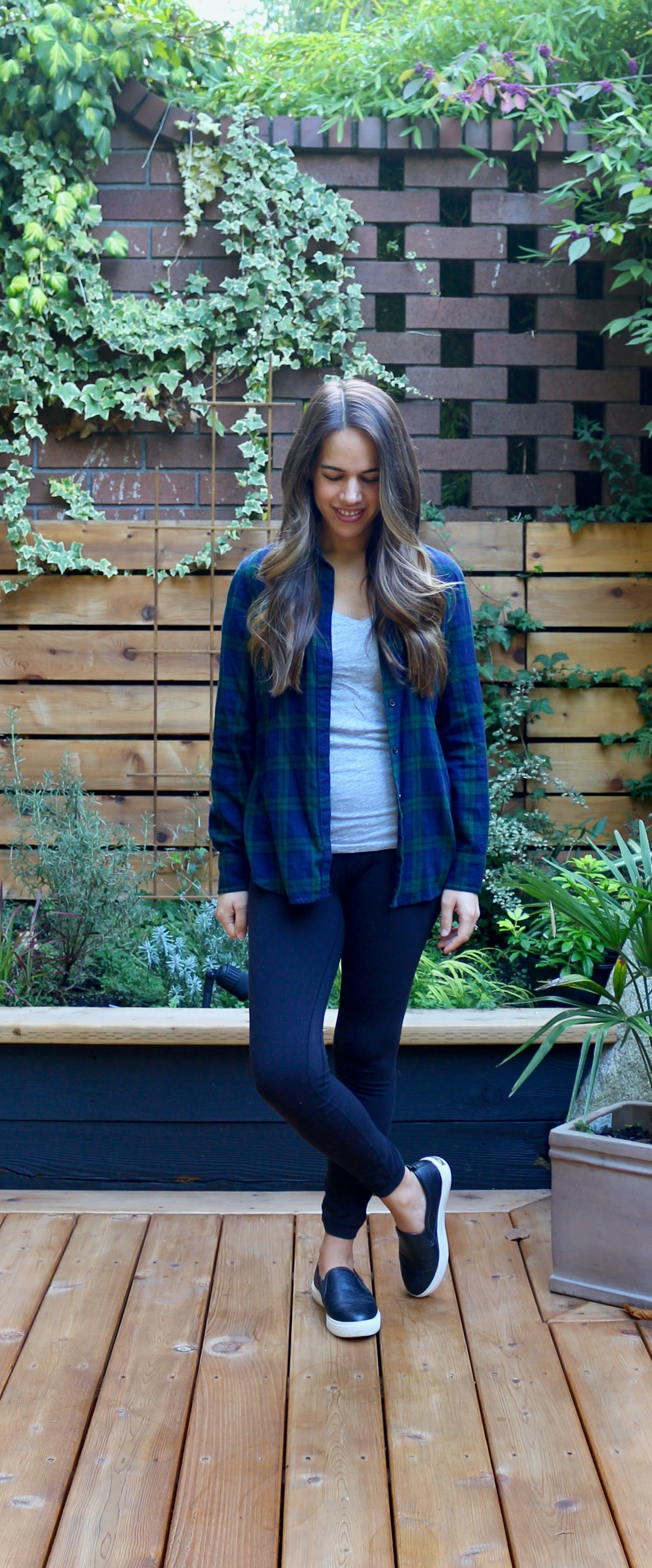 Jules in Flats - WFH Outfit - Plaid Flannel + Leggings (Business Casual Workwear on a Budget)