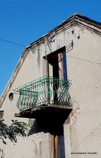 warszawa warsaw grochów praga południe praskie klimaty zabudowa praskie ulice architektura balkon