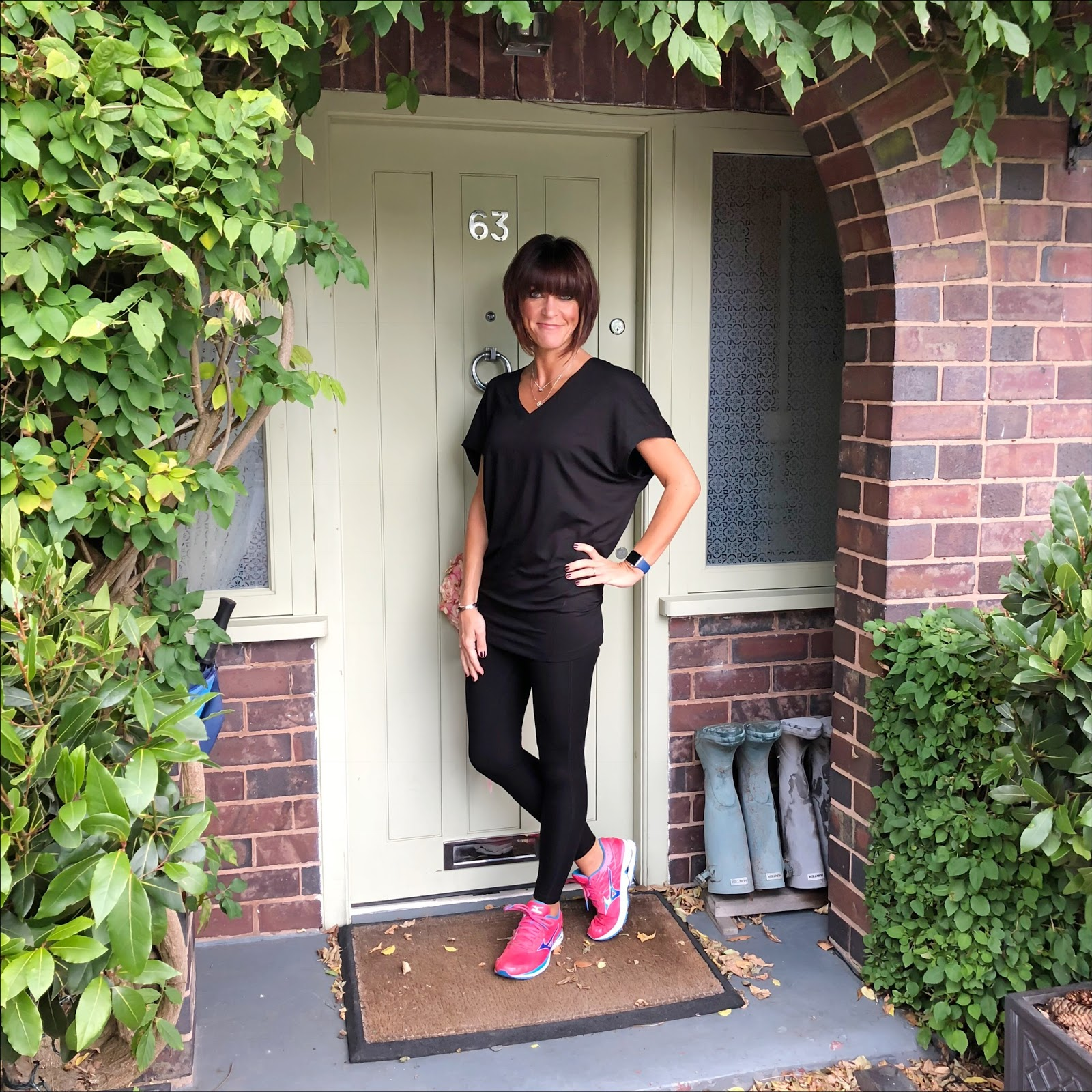 my midlife fashion, asquith london, activewear, asquith london freedom tee, asquith london move it leggings