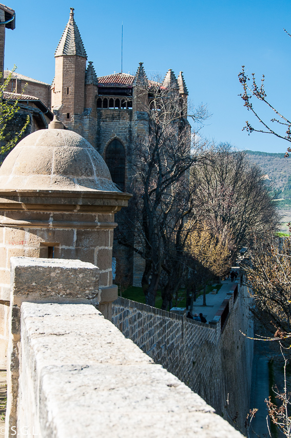 Muralla de Pamplona.  Pamplona mucho mas que Sanfermines