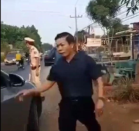 Không chấp hành đo thân nhiệt, Phó Chủ tịch HĐND huyện Quảng Hớn bị tạm đình chỉ công tác