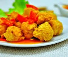 Berikut ini langkah demi langkah cara pembuatan resep Bola Ayam Saus  Asam Manis Bola Ayam Saus Asam Manis