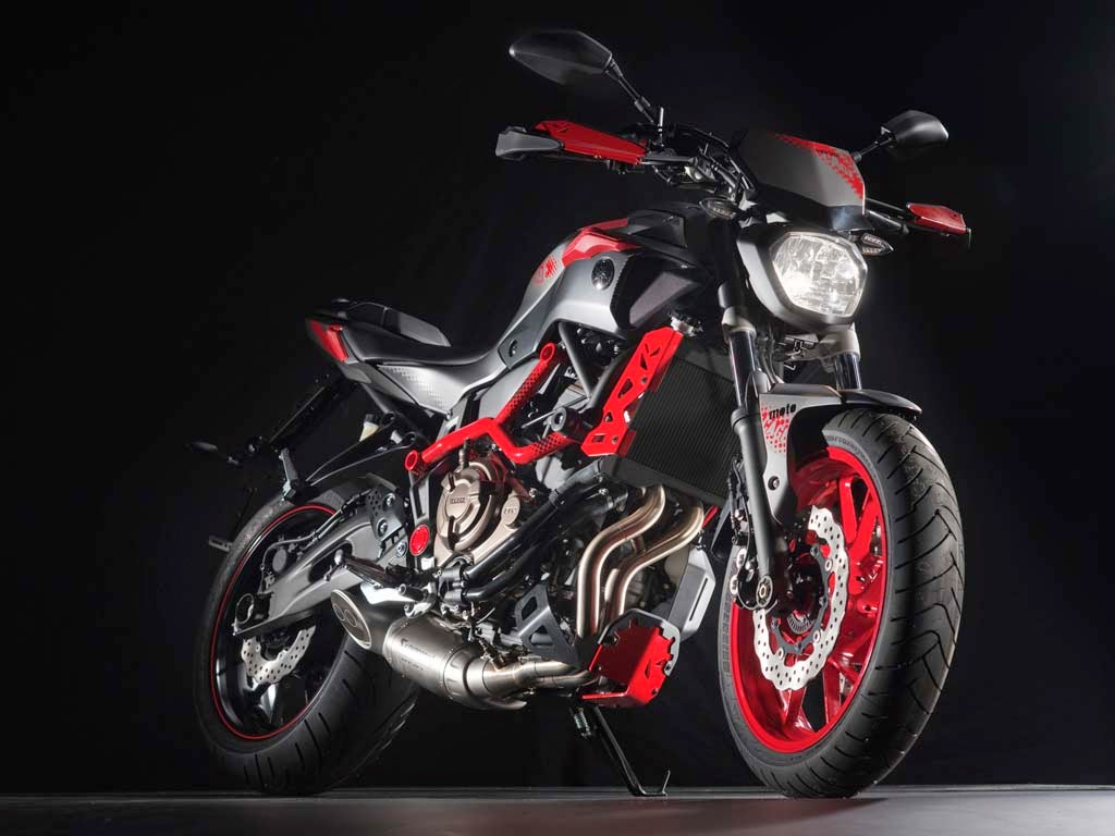 motos super esportivas yamaha mt 07. Black Bedroom Furniture Sets. Home Design Ideas