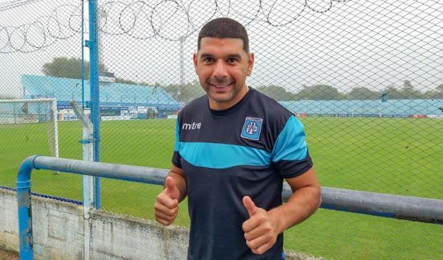 Ortigoza renovó con Estudiantes Río 4