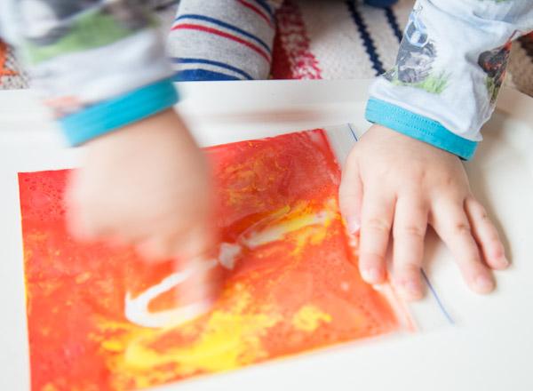 Sotkutonta maalausta