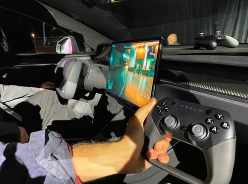 Elon Musk presents Cyberpunk 2077 via Tesla