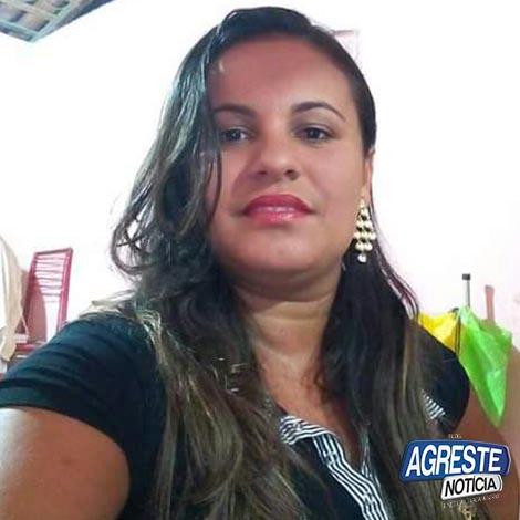 Mulher morre por choque elétrico em celular no Agreste Pernambucano