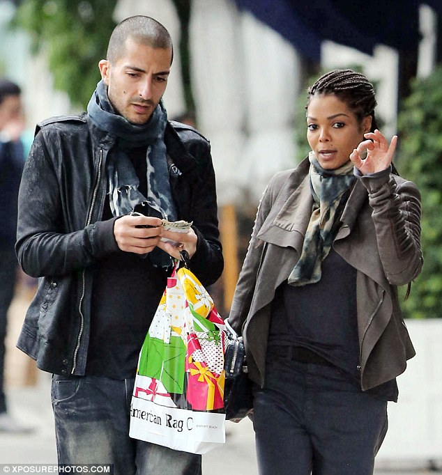 JANET JACKSON REPORTEDLY ENGAGED TO HER QATAR BILLIONAIRE BOYFRIEND