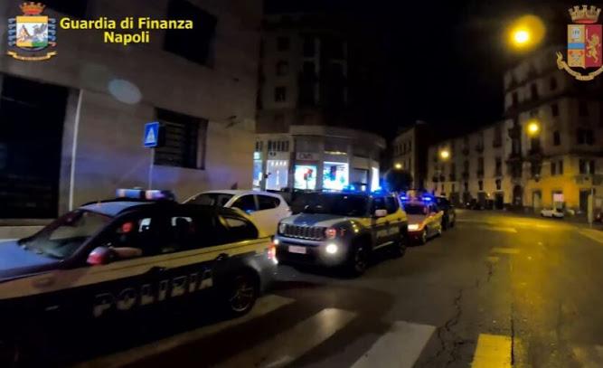 Napoli: estorsioni, traffico di sostanze stupefacenti e infiltrazioni nel settore delle onoranze funebri
