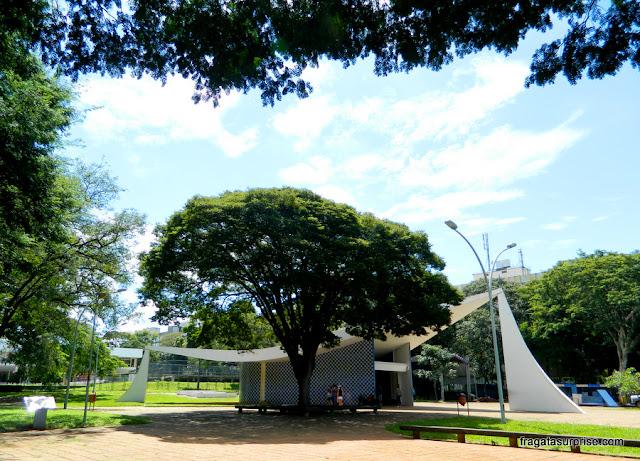 Igreja de Nossa Senhora da Conceição, a Igrejinha de Niemeyer, na Quadra 308 Sul de Brasília