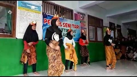 Akhlaqiyah Kenalkan Keanekaragaman Indonesia Lewat Seni Tari