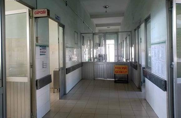 Con dâu của bệnh nhân thứ 34 nhiễm COVID-19 phát hiện ho sốt