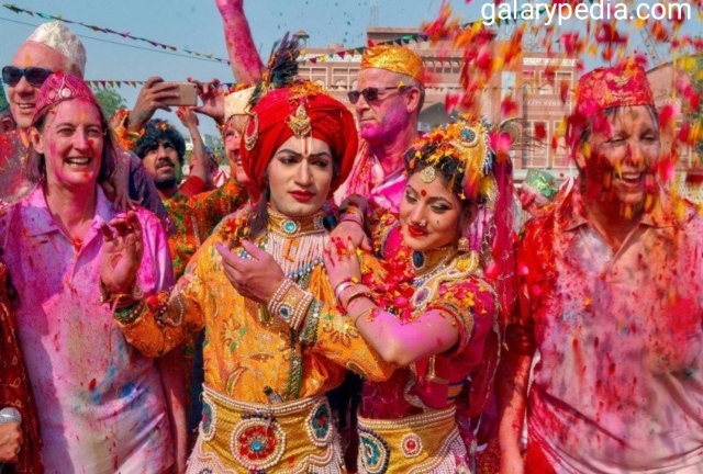 Best Radha Krishna Holi images 2020